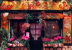 A small cafe in Montmartre - Поиск в Google