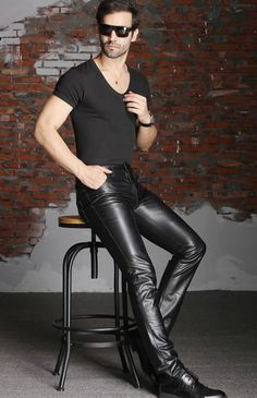 Mens Leather Pants, Tight Leather Pants, Men's Leather, Leather Jackets, Leder Outfits, Outfits Hombre, Big Men Fashion, Hommes Sexy, Leather Fashion