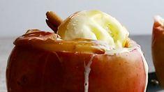 Bratäpfel mit Cranberries und Vanille-Eis