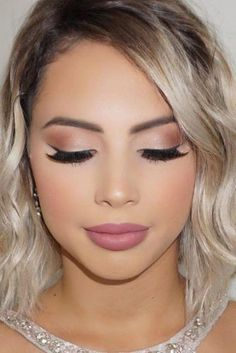 Nice 44 Brilliant and Simple Make Up Ideas To Make Your Look So Amazing. More at. - - Nice 44 Brilliant and Simple Make Up Ideas To Make Your Look So Amazing. More at www. Beauty Makeup Hacks Ideas Wedding Makeup Looks f. Simple Prom Makeup, Wedding Makeup Looks, Day Makeup Looks, Pretty Makeup, Make Up Looks Wedding, Make Up Ideas For Wedding, Gorgeous Makeup, Summer Makeup, Bridal Makeup For Blue Eyes Blonde Hair