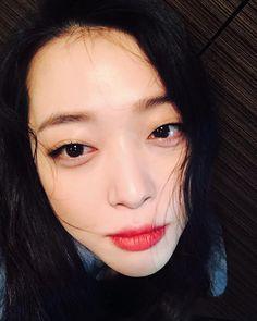 최진리Choi Jin-ri (설리Sulli) March 29, 1994 Busan, South Korea. actress,model,singer