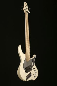 "Dingwall NG-2, 5 STRING ""Nolly Getgood"" In Ducati Matte White - Bass Centre"