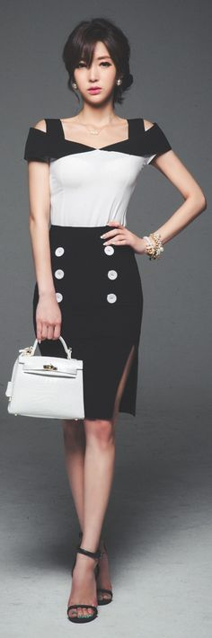 [Luxe Asian Women Dresses Fashion Style Korean Clothing top blouse shirt] Color off shoulder Blouse