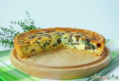 Tarta-vegetariana-ciuperci-spanac-4 Vegetable Recipes, Vegetarian Recipes, Cooking Recipes, Healthy Recipes, Eat Pray Love, Romanian Food, Bacon, Food And Drink, Easy Meals