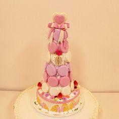 Macaron Tower, Macarons, Cake, Kuchen, Macaroons, Torte, Cookies, Cheeseburger Paradise Pie, Tart