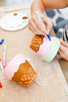 Ice Cream Crafts, Diy Ice Cream, Ice Cream Theme, Ice Cream Party, Crafts To Make, Fun Crafts, Crafts For Kids, Ice Cream Painting, Paint Your Own Pottery