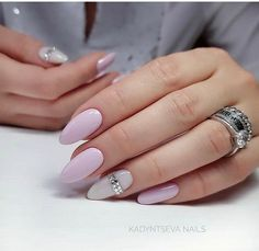 Image uploaded by elena. Find images and videos about cute, nails and manicure on We Heart It - the app to get lost in what you love. Shellac Nail Polish Colors, Shellac Nails, Nail Colors, Almond Acrylic Nails, Almond Nails, Trendy Nails, Cute Nails, Hair And Nails, My Nails