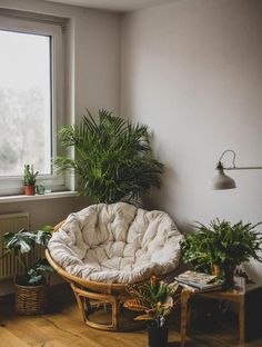 31 Recreate Modern Cozy Living Room Decor Ideas 2019 The post 31 Recreate Modern Cozy Living Room Decor Ideas 2019 appeared first on Apartment Diy. Living Room Decor Cozy, Cozy Room, Room Decor Bedroom, Interior Design Living Room, Small Room Interior, Small Space Interior Design, Small Room Decor, Kitchen Interior, Diy Home Decor For Apartments