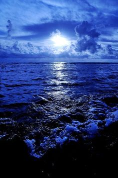 Night Blues ocean