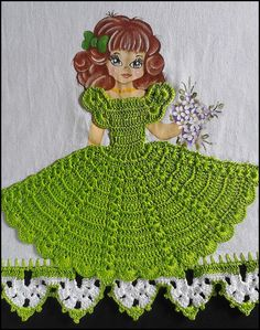 BOA NOITE MENINAS, TUDO OK? ESPERO QUE SIM... ESTOU AMANDO PINTAR ESSAS BONECAS, CONFESSO, QUE NUNCA TIVE INTERESSE EM PINTÁ-L... Crochet Girls, Crochet Art, Crochet Crafts, Crochet Doilies, Crochet Flowers, Crochet Stitches, Crochet Projects, Crochet Mandala Pattern, Crochet Toys Patterns