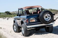 Classic Ford Bronco for sale: photos, technical specifications, description Classic Bronco, Classic Ford Broncos, Ford Classic Cars, Classic Trucks, Chevy Classic, Pickup Auto, Ford Pickup Trucks, Chevy Trucks, Lifted Trucks