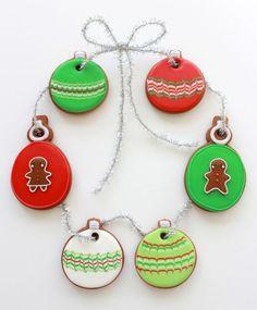 How to Make Christmas Ornament Cookies ~ Sweetopia