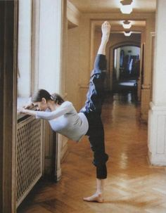 Vienna State Opera Ballet Student from Russia passioante enthusiast dancer artist Ballet Class, Dance Class, Ballet Girls, Ballet Dancers, Polina Semionova, Dance Dreams, Dance Like No One Is Watching, Russian Ballet, Ballet Beautiful