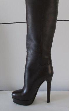 Tip: Gucci Boots (Black)
