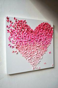 Mariposas formando un cuadro en degradé de color.