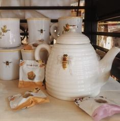 Find images and videos about aesthetic, yellow and bee on We Heart It - the app to get lost in what you love. Cottage In The Woods, Witch Cottage, Tea Set, Tea Party, Apollo, Sweet Home, Ceramics, Mugs, Pretty