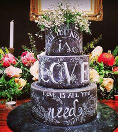 Mother of the Bride - Blog de Casamento e Dicas de Casamento para Noivas - Por Cristina Nudelman: Bolo de Casamento Preto - Black is Beautiful