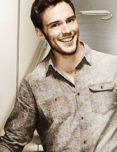 Sam Claflin--in love with his dimples...