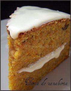 Torta de zanahoria by Empera1, via Flickr