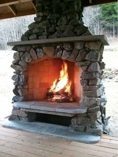 Yule style! Noel Christmas! Winter solstice!! LOTR!! Game of Thrones! Gorgeous huge stone Outdoor fireplace!! Just right for your patio terrace veranda!! Perfect for parties All Winter Long!