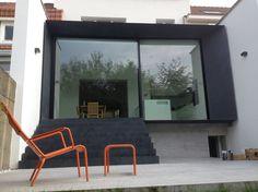 bureau d'architecture Exar Mural Painting, Paintings, Texture, Service, Architecture, Windows, Interior, Decor, Atelier