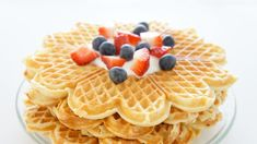 Waffle Recipes, My Recipes, Yummy Treats, Sweet Treats, Baked Pancakes, English Food, Frisk, Let Them Eat Cake, Family Meals
