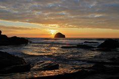 #sunset at Gull Rock #Trebarwithstrand #portwilliaminn #northcornwall #autumnsun #Cornwall @CornishSunsets