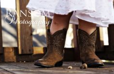 www.ransom-photography.com  toddler baby girl with cowboy boots