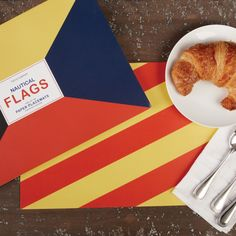 ✈ Nautical flag placemats....YES ✈
