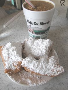 Beignet and frozen café au lait at Café du Monde in New Orleans