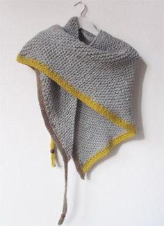 Chal triangular a punto bobo Crochet Poncho, Knitted Shawls, Love Crochet, Arm Knitting, Knitting Needles, Knitting Accessories, Knitted Gloves, Garter Stitch, Knitting Patterns Free