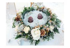 ホワイトクリスマスのゲストテーブルフラワー 会場装花 営業品目 ブルーモルフォ Blue Morpho, Christmas Wedding, Wedding Flowers, Floral Wreath, Xmas, Wreaths, Color, Home Decor, Flower Crowns