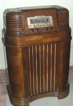15 Best 1940s Record Players Images Antique Radio Old