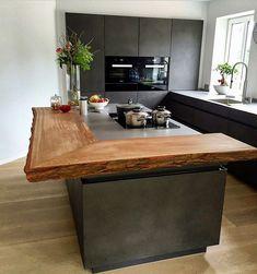 Kitchen kitchen counter kitchen counter wood bar counter wooden counter made of oak on … Kitchen Room Design, Kitchen Interior, Kitchen Decor, Kitchen Wood, Kitchen Ideas, Kitchen Pictures, Cuisines Design, Kitchen Countertops, Kitchen Bar Counter