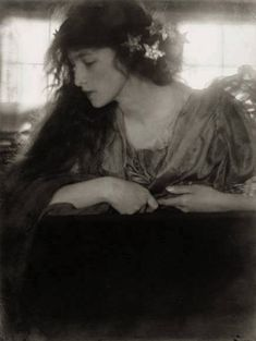 Work by Pictorialist photographer Sidney Carter(Canadian,1880-1956)