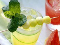 Honigmelonen-Drink ist ein Rezept mit frischen Zutaten aus der Kategorie Südfrucht. Probieren Sie dieses und weitere Rezepte von EAT SMARTER!