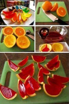 Naranjas con gelatina, encuentra más postres para niños en http://www.1001consejos.com/postres-para-ninos/
