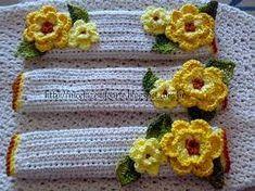 Imagen relacionada Crochet Towel Topper, Crochet Motif, Knit Crochet, Crochet Patterns, Fridge Handle Covers, Craft Projects, Projects To Try, Crochet Kitchen, Soap Holder