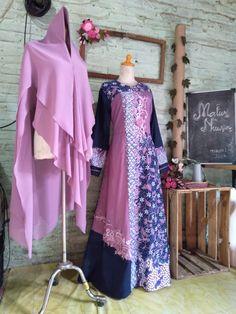 Batik Kebaya, Batik Dress, Designer Wear, Designer Dresses, Batik Muslim, Dress Brokat, Mode Abaya, Batik Fashion, Islamic Clothing