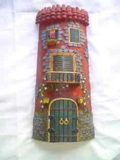 Hola a todos, este es mi primer post y me ha costado un monton subirlo, pero al fin esta. Ansiosa espero sus críticas y uno que otro conseji... Tuile, Roof Tiles, Biscuit, House Roof, Fairy Houses, S Pic, Clay Projects, Bird Feeders, 3 D