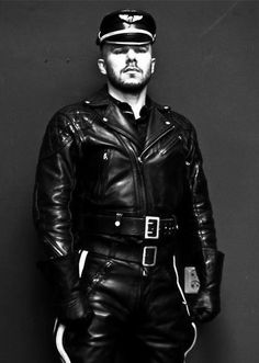 Leather, boots, rubber, fetish and more! Fetishbloke likes it all! Leather Jeans, Leather Gloves, Black Leather, Leather Jackets, Leather Motorcycle Pants, Bike Leathers, Gay, Mens Gloves, Sexy Men