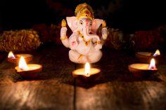 Ganesha with diwali lights | Premium Photo #Freepik #photo #music Happy Diwali Photos, Diwali Lights, Artist Workshop, Happy Ganesh Chaturthi, Indian Boy, Bokeh Lights, Pink Table, Green Backgrounds, Red Background
