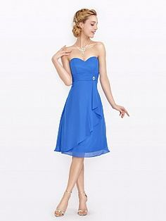 Sweetheart Chiffon Bridesmaid Dress with Side Brooch and Asymmetrical Hem'