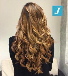 Honey Shades _ Degradé Joelle  #cdj #degradejoelle #tagliopuntearia #degradé #igers #musthave #hair #hairstyle #haircolour #longhair #oodt #hairfashion #madeinitaly