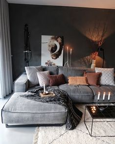 21 grey small living room apartment designs to look&; 21 grey small living room apartment designs to look&; Ramona Rockabella Home 21 grey small living room apartment designs […] living room Farm House Living Room, Living Room Color, Boho Living Room, Trendy Living Rooms, Small Apartment Living Room, House Interior, Living Room Decor Modern, Living Decor, Living Room Designs