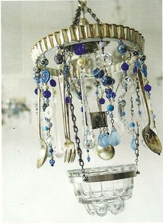 A wind chime or a quirky pendant for a light fixture!  #Windchimes #Windspiele #Carillón de #Viento