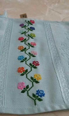 This Pin was discovered by Esm Cross Stitch Cards, Cross Stitch Borders, Cross Stitch Rose, Cross Stitch Flowers, Cross Stitch Designs, Cross Stitching, Cross Stitch Embroidery, Hand Embroidery Design Patterns, Embroidery Flowers Pattern