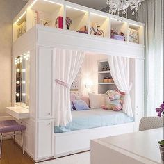room, bedroom, and bed Bild