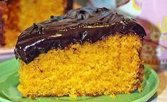 As vezes bate uma imensa vontade de comer algo doce enquanto fazemos a paleo e low carb, se você também é assim deveria conhecer o bolo de cenoura paleo