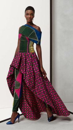 Ethnic print on modern clothes and accessories In recent years ethnic print is everywhere - on clothes, in the interior, on the manicure and on our bags and shoes. The designers draw inspiration fr. African Inspired Fashion, African Print Fashion, Africa Fashion, Boho Fashion, Womens Fashion, Fashion Design, Mode Lookbook, Fashion Lookbook, Traditional Fashion